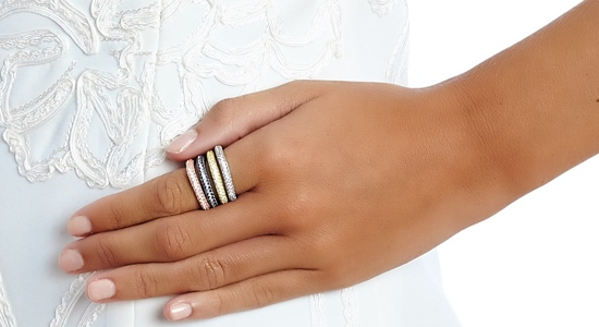 model-rooo2s-6-stacking-rings-sterling-silver-rose-gold-vermeil-black-rhodium-550.300.jpeg